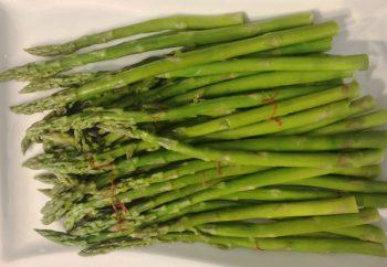 Healthy Sous Vide Asparagus with Saffron